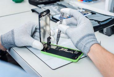 iPhone repair companies in Shoreline WA