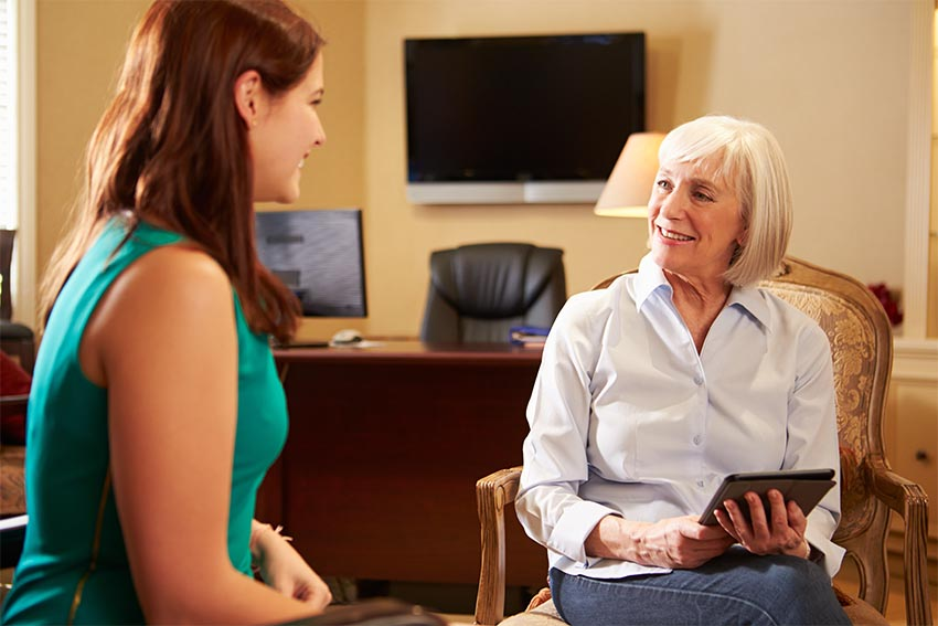 Role of a Psychiatrist and a Psychologist