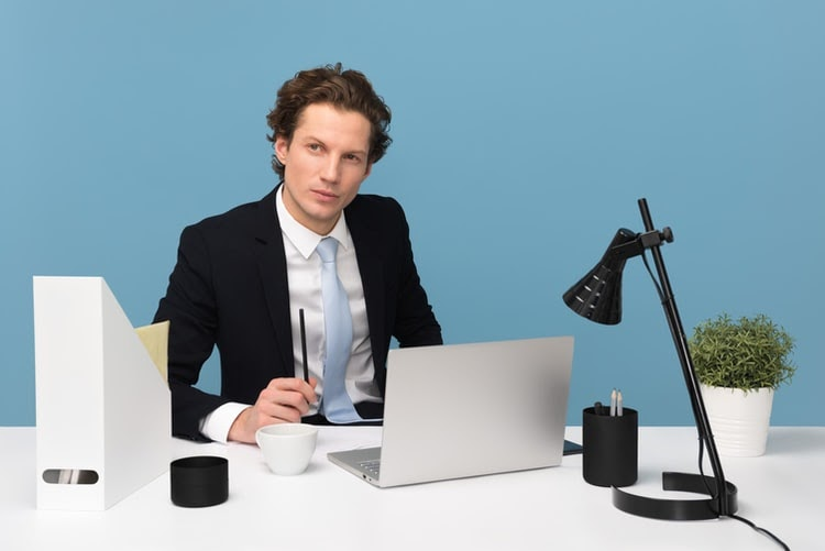 Attention-Graduates-Here-are-Secrets-to-Coping-with-Job-Interview-Anxiety