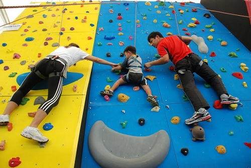 The Advantages of Rock Climbing for Children with Special Needs