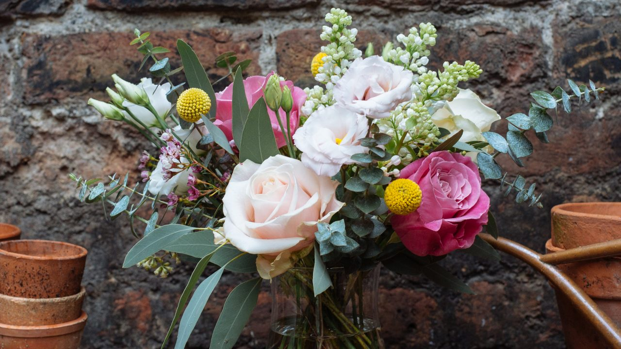 Consideration you need to Remember while buying Flowers